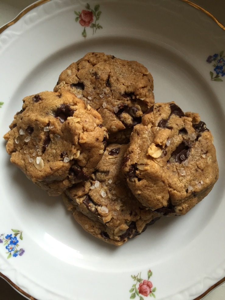 Salted Peanut Butter Oatmeal Chocolate Chunk Cookies ...